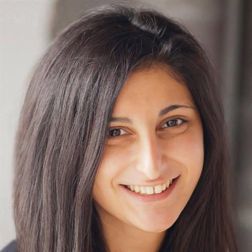 Sarina, Graphic Designer