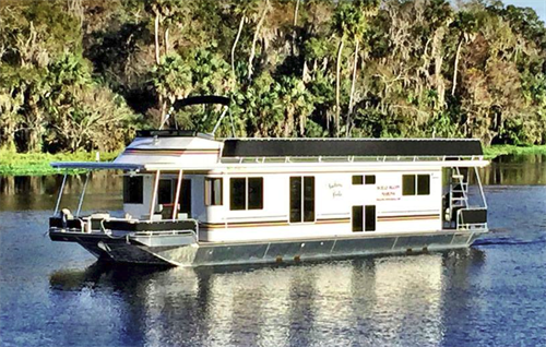 The Southern Belle:  Enjoy a luxurious river adventure aboard our 8-Sleeper Executive Houseboat
