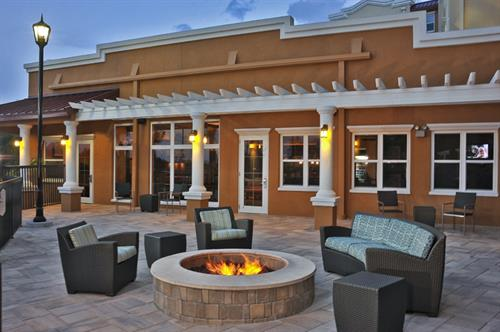 Gather around the fire table and enjoy family time!  Enjoy our Grilling Area and prepare your favorite!