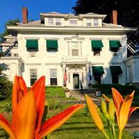 Stanton House Inn Joins Select Registry!