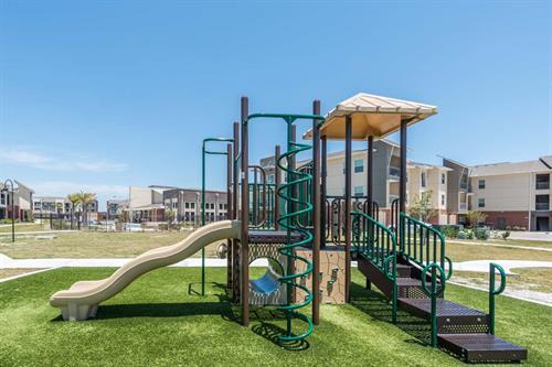 Gallery Image PBP-5.12.18-playground2.jpg