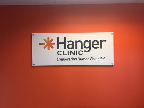 Hangar Clinic - Lobby signage