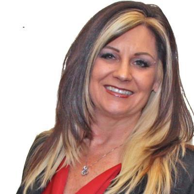 Felicia  Petersen