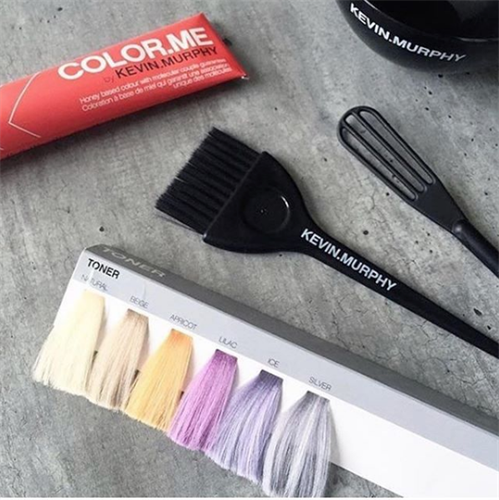 Kevin.Murphy Color.Me is ammonia and PPD free, creating the safest coloring conditions possible! This honey based formula lacks the harsh chemicals of traditional hair color, but doesn't lack any of the color deposit you're looking for! With a wide shade range your stylist will always be able to create that beautiful custom color that you're looking for.
