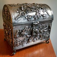 We sell sterling silver - 4 lb. s/s Jewelry Casket.