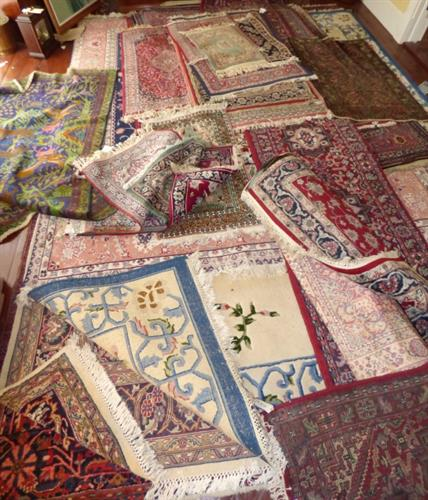 We sell rugs!