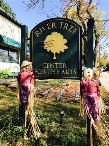 River Tree Arts