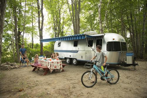 Gallery Image airstream_-_alex_with_bike_kids_and_ben_and_sonja.JPG