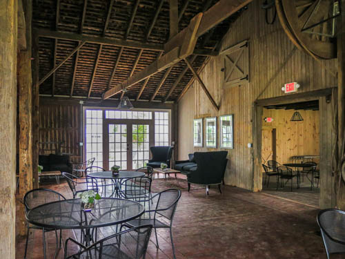 Harbes Tasting Room in Mattituck, NY on the North Fork of Long Island