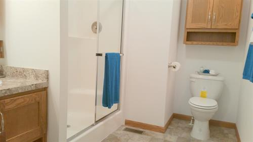 Gallery Image 9-Full_Master_Bathroom.jpg