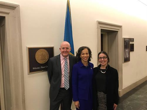 """Andrew and Erin with """" Hope Street DE """" talking with Lisa Blount Rochester in DC on behalf of We Work for Health DE"""