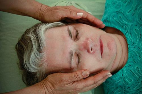 Reiki is the peaceful way to health and relaxation.