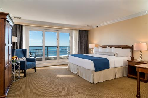 Hotel Room with King Bed and Waterview