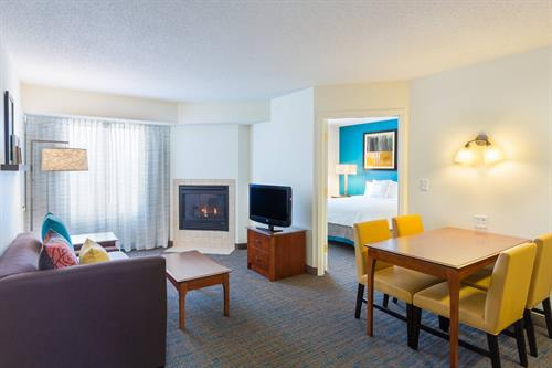 All suite hotel with full kitchen, living area and plush queen bed