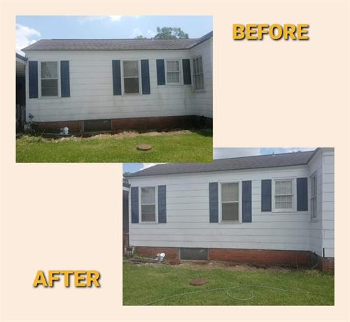 Gallery Image Before_and_after_house_wash.jpg