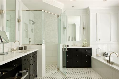 Gallery Image Meridian_Homes_-_Bathroom_Remodel_1.jpg