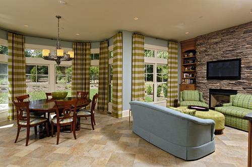 Gallery Image Meridian_Homes_-_Breakfast_Room_Custom_Home_1.jpg