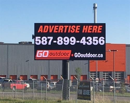 Digital Billboard - Southbound Traffic Flow on QEII Highway - Sign North of Veteran's Blvd