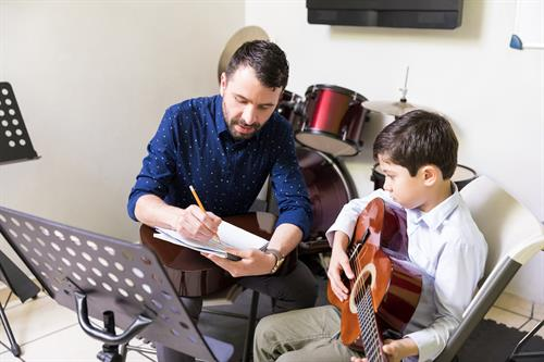 Connecting families with arts and crafts tutors