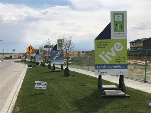 Chinook Gate Site Signs