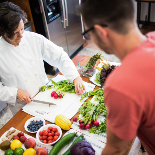 Our Registered Dietitians, Nutritionists, Coaches, and Chefs use the healing power of food to reach optimal health through individual and group classes, cooking classes, grocery store tours and in home visits.