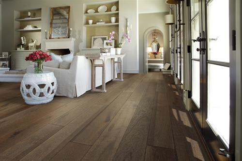 Find all the best brands of HARDWOOD at Floor Covering Brokers Carpet One