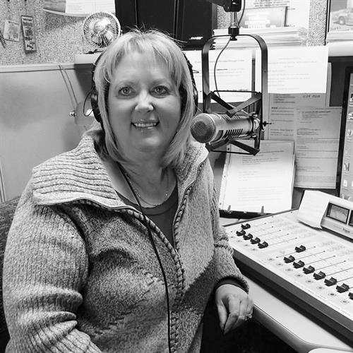 98.5 WUPS - Mid-Day Mama Tammy Thompson