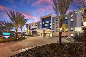 Hampton Inn & Homewood Suites Long Beach Airport