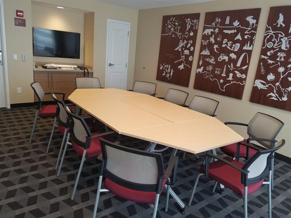 TownePlace Suites Meeting Room -conference seating for 10ppl