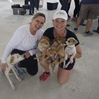 Partners Kim and Jan at the Telchac Puerto, Mexico spay and neuter clinci