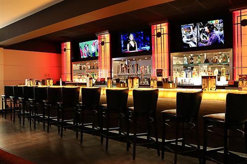 Take 5 Bar & Lounge