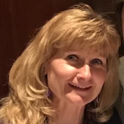 Shirley Poelstra