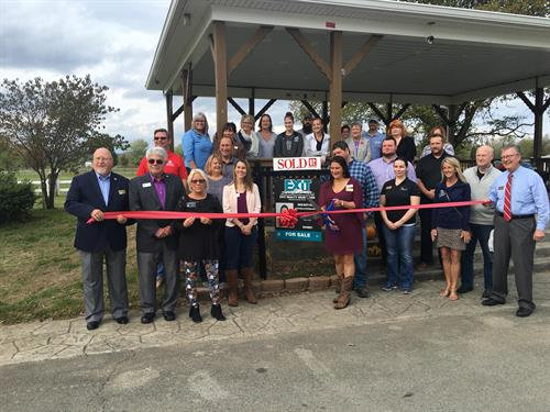 Ribbon Cutting Robyn Colly Realtor - EXIT Realty Heartland