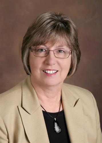 Peggy Larsen, Broker Associate