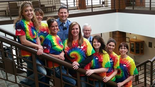 Photo from Left to Right: Hayley Freund (RDH), Lindsay Pellett (RDA), Tamie Madsen (RDA), Dr. Shawn Petersen (DDS), Stephanie Weston (BOM), Dr. Mark Markham (DDS), Cindi Andersen (PSR), Laura Wessling (RDA), Denise Lowary (RDH)