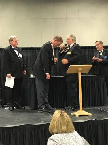 Donnie Drennan receiving the 2017 TS Parvin Award (Iowa Mason of the Year)