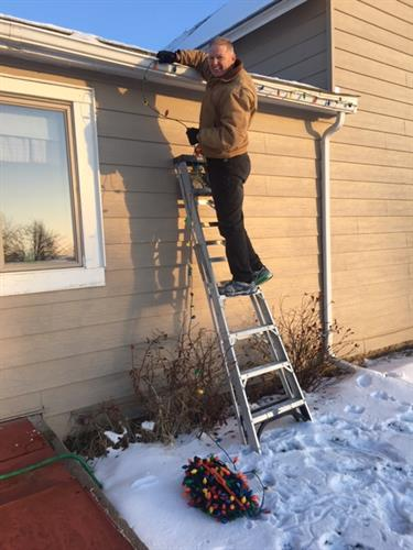 Cleaning gutters or hanging Christmas lights - How can I help?