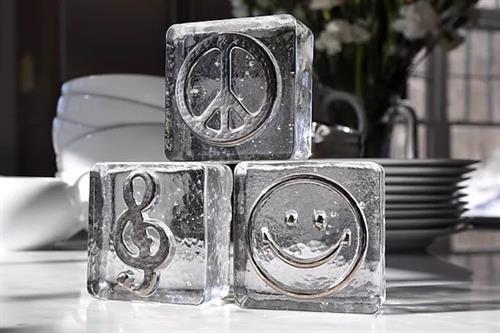 Symbols and Emoji's in platinum