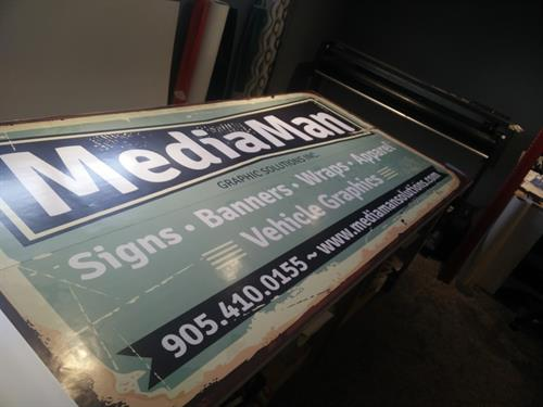 Digital print for aluminum composite signage