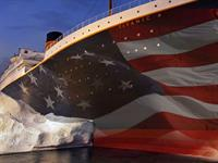 Titanic Honors Veterans
