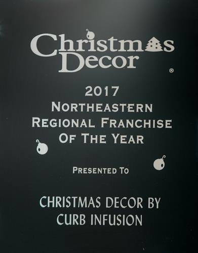 Award winning Christmas Decor by Curb Infusion