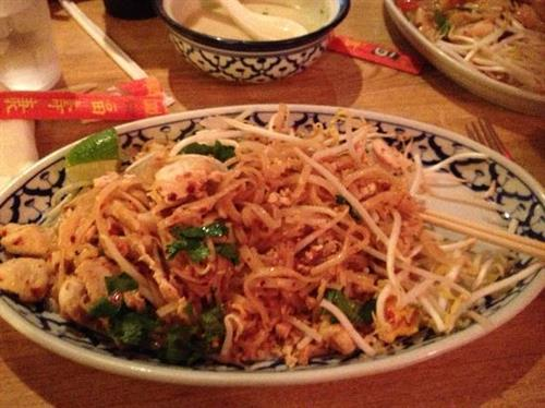 Gallery Image amazing-pad-thai-a-must.jpg
