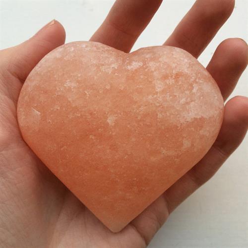Gallery Image Himalayan_Salt_Stones_stock_pic_5_heart.jpg