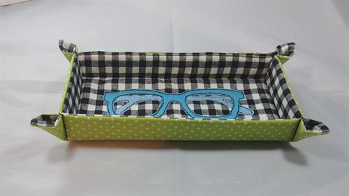 I love this MacKenzie Childs inspired colors of this eyeglasses soft landing tray.