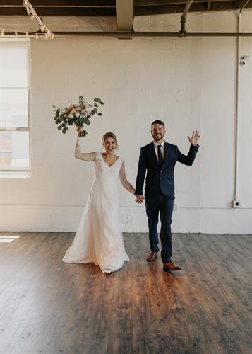 Gallery Image arbor-loft-wedding-35.jpg