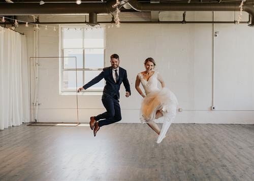 Gallery Image arbor-loft-wedding-37.jpg