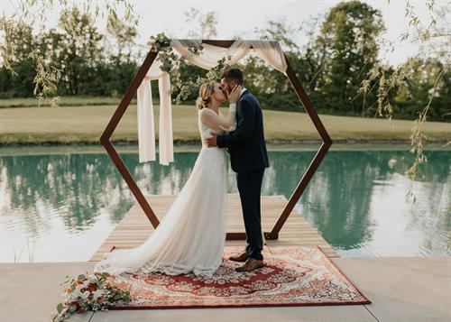 Gallery Image finger-lakes-wedding-11.jpg
