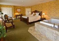 Another view of the Mark Twain Suite