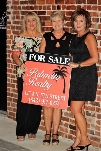 Palmetto Realty.. Sherri Goode, Sandy Gaskins, Angie Stanley