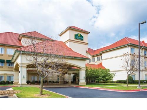 107 Beautiful Rooms & Suites plus 1150 sq ft of Meeting Space.